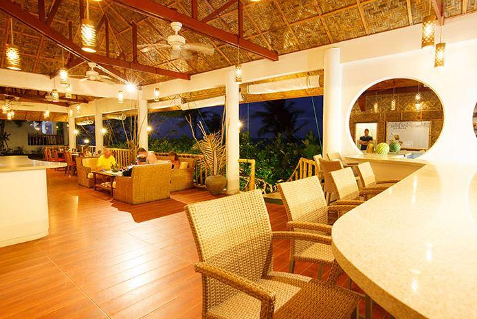 Pura Vida Resort restaurant Cabilao Bohol Philppines